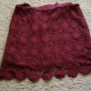 Maroon knitted skirt